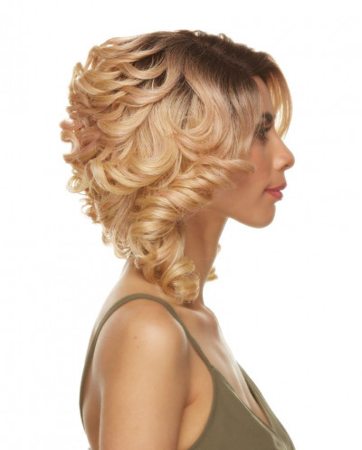 Sepia — Perruque synthétique mi-longue aux cheveux bouclés Estela