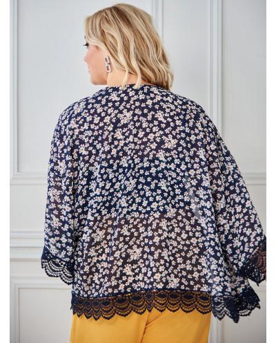 Kimono à fleurs et bordure en dentelle (bleu) - Grande taille